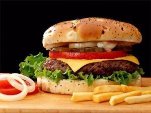 бургер и хот дог
